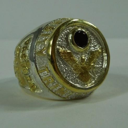 custom-class-ring