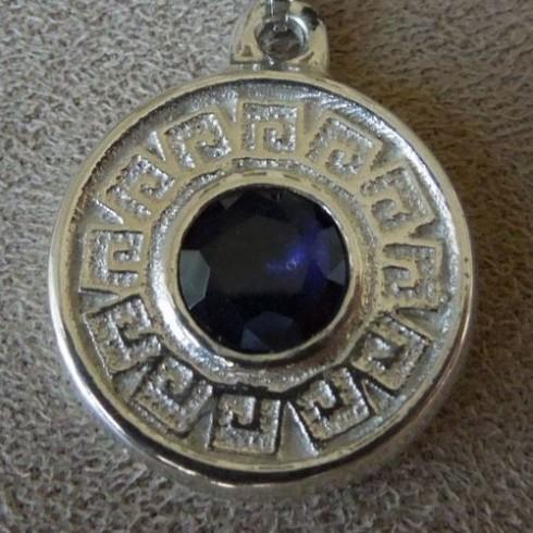 greek-motif-pendant-1