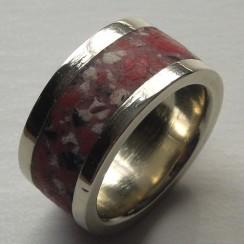 pink-granite-wedding-band-1