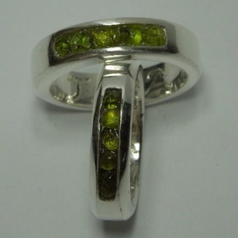rough-stone-wedding-bands-5