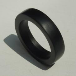 pure-obsidian-wedding-band-2