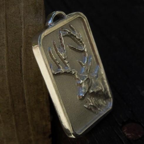 deer-pendant-1