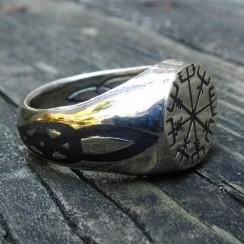 symbol-signet-ring-1